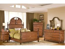 Good Monticello Queen Bedroom Group By Yutzy   Urban Collection
