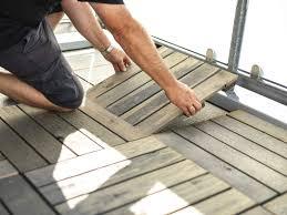 Das macht es zu einem der beliebtesten bodenbeläge in deuts. Balkonboden Renovieren Bodenbelage Im Uberblick Obi