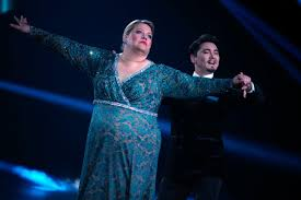 Februar sind wieder 14 prominente dabei, die mit ihrem tanzparnter und ihrer tanzpartnerin die jury und das. Let S Dance Rtl Fans Bringen Ilka Erneut Weiter Web De