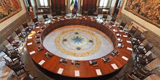 Chiusure, fasce e ristori: verso il nuovo Dpcm del governo Draghi -  Corriere della Calabria