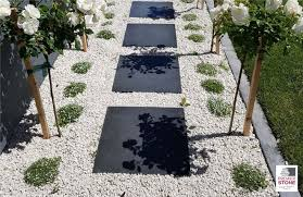white stones garden