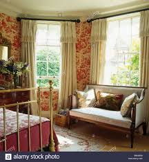 Red Wallpaper For Bedroom Red Toile De Jouy Wallpaper In Bedroom With Antique Sofa In Front