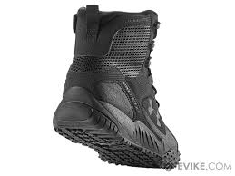 under armour valsetz. hover or touch above to zoom under armour valsetz o
