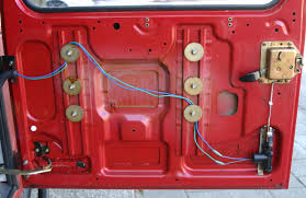 power door lock on old style rear door defender forum lrx binnendeur jpg