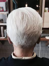 Zyosehustepさんのヘアスタイル 綺麗な白髪カットも大歓迎