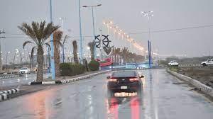 السعودية.. أمطار غزيرة في جازان وعقوبات على السائقين المتهورين