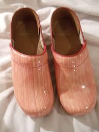 size 39 in us women dansko professional glossy pink stripe coral clogs women size 39