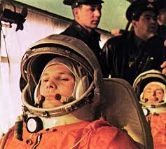Yuri gagarin height 7 feet 7 inches (approx) & weight 103 lbs (46.7 kg) (approx.). Esa Living In Space