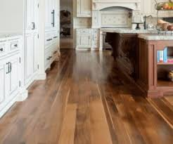 Pictures of laminate flooring Install 1 Traditional Traditional Laminate Kitchen Floor Homedit 20 Gorgeous Examples Of Wood Laminate Flooring For Your Kitchen