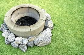 cinder block fire pit concrete block fire pit basic fire pit with round cinder blocks and