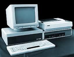 Реферат по информатике История развития вычислительной техники  Другая линия в развитии ЭВМ четвертого поколения это суперкомпьютер Машины этого класса имеют быстродействие сотни миллионов и миллиарды операций в