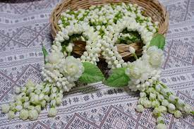 มาลัยไหว้แม่ | พวงมาลัย, ดอกไม้, ช่อดอกไม้