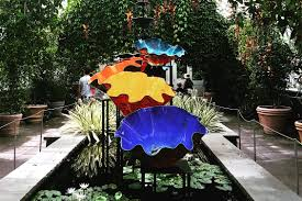 art alert chihuly now at the new york botanical garden