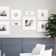 picture hanging service professional