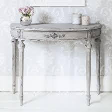 half table for hallway. Half Moon Table For Aesthetical Look | HometownTimes Hallway