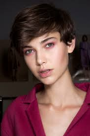 Tricks To Maintaining Your Short Hair Cut At Home Stylecaster