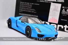 porsche 918 spyder blue. image is loading autoart118porsche918spyderweissachpackage porsche 918 spyder blue