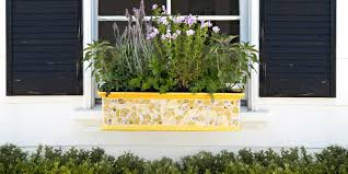 18 fun gardening ideas for your window boxes window box flowers tips and ideas