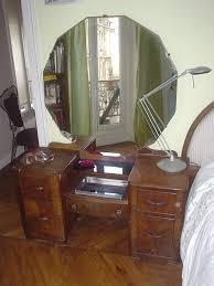vintage vanity with large round mirror designs