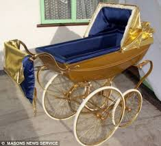 5 the pram plated with gold having sound system three 6 000