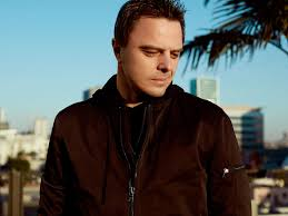"""Markus Schulz Remembers Mother With New track """"Ave Maria"""" 