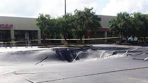 possible sinkhole opens up in publix parking lot in winter haven news the palm beach post west palm beach fl