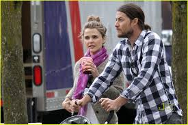 Shane Deary Keri Russell Russell Deary Canada Couple Photo 2442491