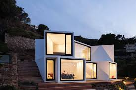 18 Awesome Ways to Build a House with Windows for Walls