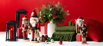 Cozy rustic outdoor christmas decoration ideas Ruth Christmas Decor Crate And Barrel Christmas Decorations For Hearth Home Table Crate And Barrel
