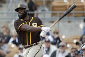 Padres could see insurance policy in Abraham Almonte - The San Diego  Union-Tribune