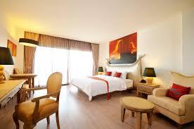 Bangkok luxury riverside hotel Bangkok near the Khaosan Road