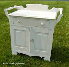 Small Picture Antique Washstand with a FolkArt Home Decor Chalk Paint Makeover