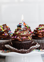 chocolate birthday cupcakes.  Birthday Easy Chocolate Birthday Cupcakes With Buttercream Frosting And  Sprinkles Via Forkknifeswooncom On
