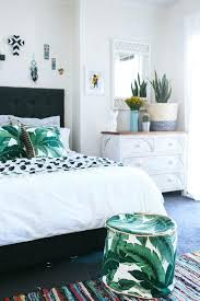 tropical bedroom decoration popular home decorating ideas intended for 8 hawaiian themed tips apartments ide