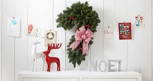 Christmas Decorations With Candy Canes 100 Fresh Ways to Decorate with Candy Cane ProFlowers Blog 97