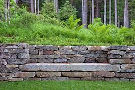 picture of a stone retaining wall