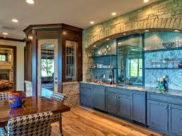 Log Cabin Kitchen Decor Amazing Rustic Log Cabin Kitchen Design With Grey Kitchen Cabinets