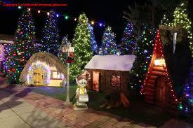 Christmas Lights Santa Cruz Christmas Lights Holiday Display At 108 Seaview Ave Santa