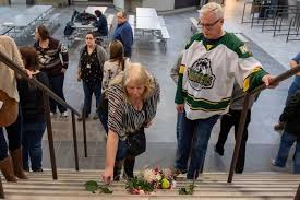 Tragic hockey bus crash in Canada has local ties - News - Times ...