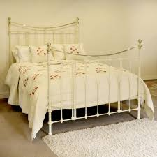 art nouveau style antique bed in cream mk73 la65480