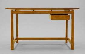 Metis wood desk