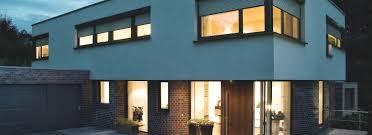 Vorbaurollladen Von Roma Der Energiesparer Vor Dem Fenster