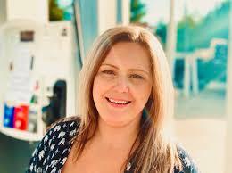 Natasha Smith – Zcizzorz Hair Studio