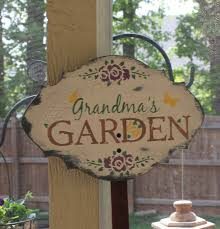 charming sign for grandma s garden
