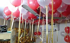 how to decorate house with balloons for