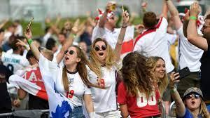 بعد طلب من إيطاليا.. إلغاء تذاكر مشجعي بريطانيا قبل مباراة أوكرانيا في يورو  2020 - CNN Arabic