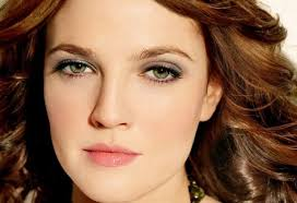 hottest brown hairstyles for green eyes