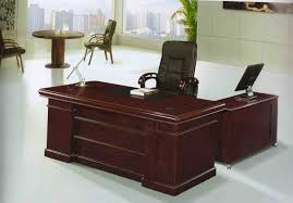 small office tables. Stunning Big Office Table For Apartment As Have Luxury Swivel Chair And One Computer Unit On Top Beside Roun Two Traditional Small Tables