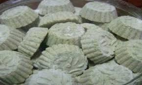Diamkan adonan selama kurang lebih 30 menit. Resep Kue Satu Kacang Hijau Kue Satu Merupakan Kue Kering Yang Seringkali Disajikan Dalam Lebaran Dengan Bentuk Sederhana Namun Memiliki Resep Kue Kue Resep