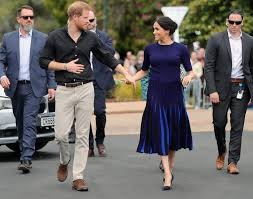 Meghan Markle's father slams her and Prince Harry as 'money grubbers' who  betrayed the Queen during coronavirus crisis as couple faces pressure to  fund their own security - Knewz